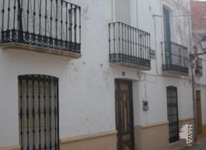 Casa en venta en Puente de Génave, Puente de Génave, Jaén, Calle San Jose de Calasanz, 113.000 €, 6 habitaciones, 2 baños, 270 m2
