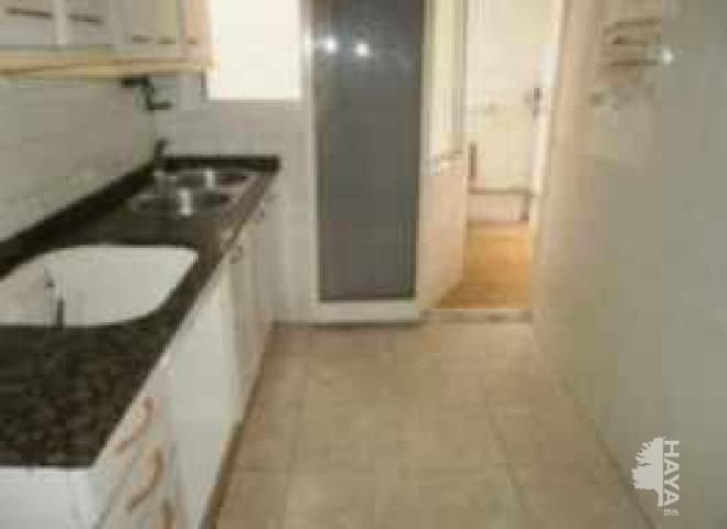 Piso en venta en L` Hospitalet de Llobregat, Barcelona, Calle Castelao, 116.400 €, 4 habitaciones, 1 baño, 78 m2