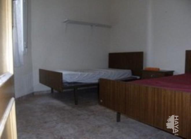 Piso en venta en La Roda, la Roda, Albacete, Calle Pi Y Margall, 45.700 €, 3 habitaciones, 2 baños, 139 m2