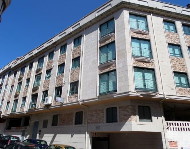 Local en venta en Ribeira, A Coruña, Calle Clara Campoamor, 302.499 €, 368 m2