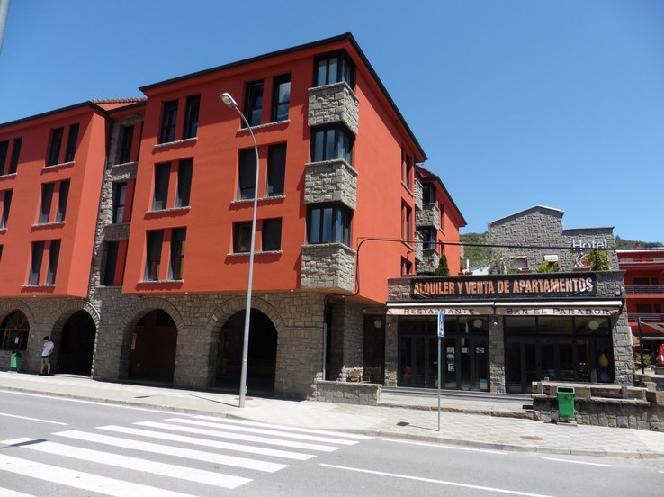 Piso en venta en Boltaña, Huesca, Avenida de Ordesa, 99.873 €, 2 habitaciones, 1 baño, 94 m2