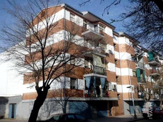 Piso en venta en Andújar, Jaén, Avenida Santo Reino, 57.440 €, 4 habitaciones, 1 baño, 104 m2