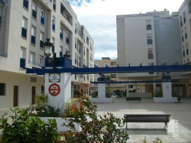 Piso en venta en Estepona, Málaga, Plaza de la Conciliacion, 91.625 €, 3 habitaciones, 2 baños, 118 m2