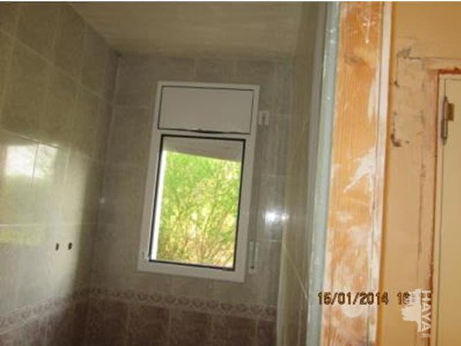 Casa en venta en Cal General, Tordera, Barcelona, Calle Montgat, 140.000 €, 4 habitaciones, 2 baños, 178 m2