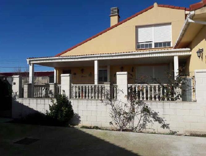 Casa en venta en Gurrea de Gállego, Gurrea de Gállego, Huesca, Calle Zaragoza, 141.000 €, 4 habitaciones, 1 baño, 229,58 m2