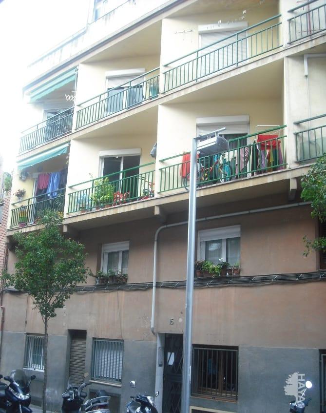 Piso en venta en Barcelona, Barcelona, Calle Besos, 73.150 €, 2 habitaciones, 2 baños, 67 m2