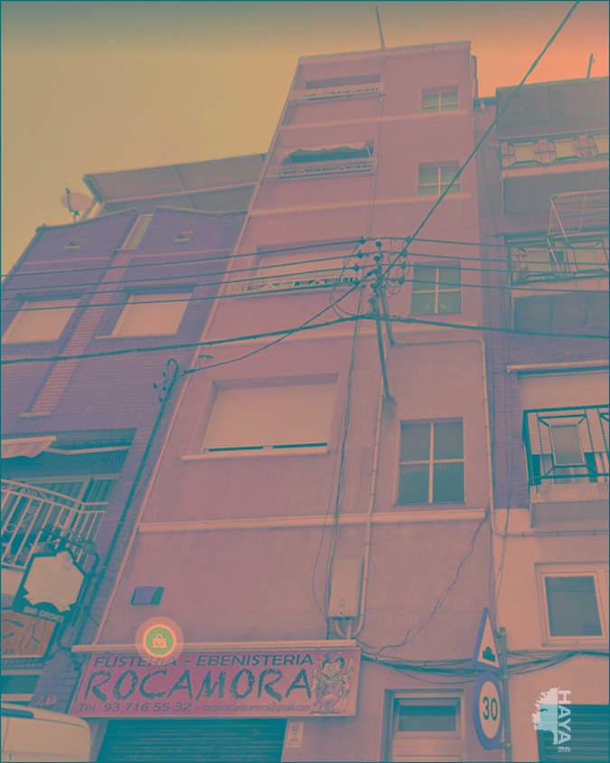 Piso en venta en Sabadell, Barcelona, Calle Girones, 79.000 €, 4 habitaciones, 1 baño, 60 m2