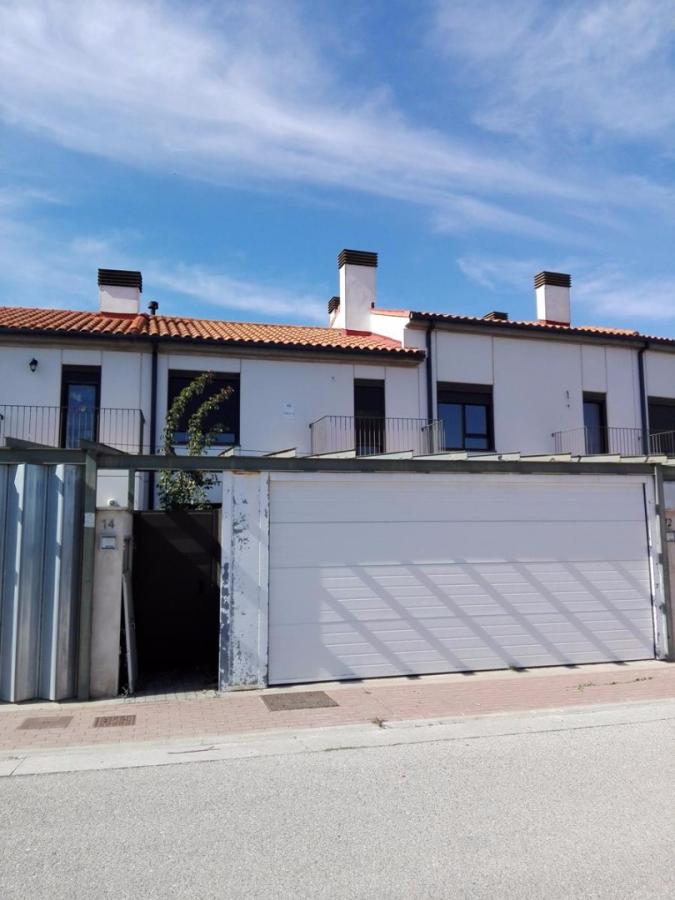 Casa en venta en Orbaneja Riopico, Burgos, Calle Camino de Santiago, 98.900 €, 4 habitaciones, 3 baños, 129 m2