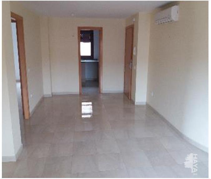 Piso en venta en Mas de L`esquerrà, la Jonquera, Girona, Calle Tapers, 72.000 €, 2 habitaciones, 1 baño, 73 m2