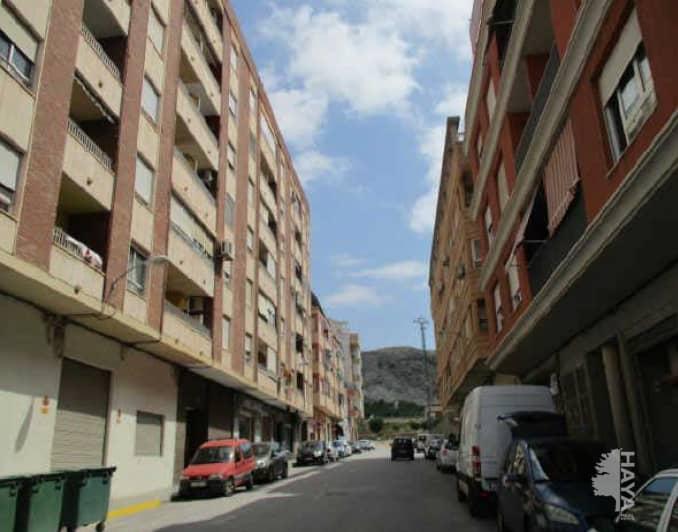 Piso en venta en Villena, Alicante, Calle Felix Rguez de la Fuente, 83.000 €, 3 habitaciones, 1 baño, 146 m2