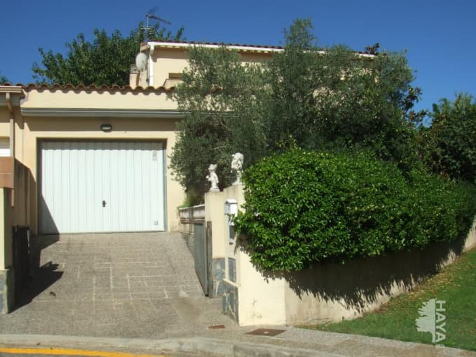 Casa en venta en Aiguaviva, Girona, Calle Tramuntana, 276.013 €, 4 habitaciones, 172 m2