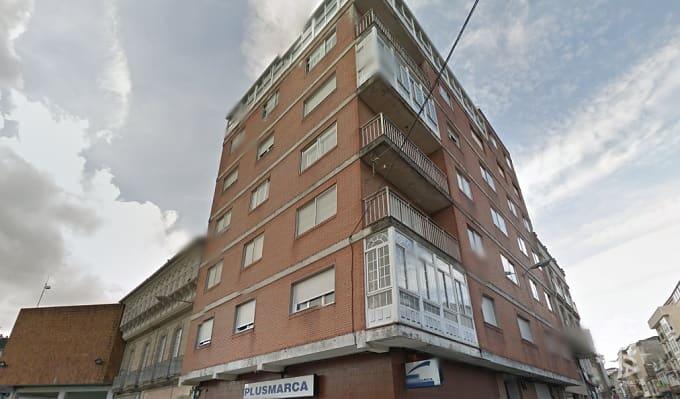 Piso en venta en A Estrada, A Estrada, Pontevedra, Calle Capitan Bernal, 67.000 €, 3 habitaciones, 1 baño, 108 m2