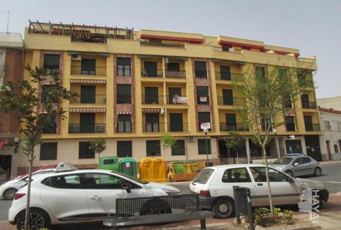 Piso en venta en La Magdalena, Valdepeñas, Ciudad Real, Paseo Luis Palacios, 48.000 €, 1 habitación, 1 baño, 68 m2