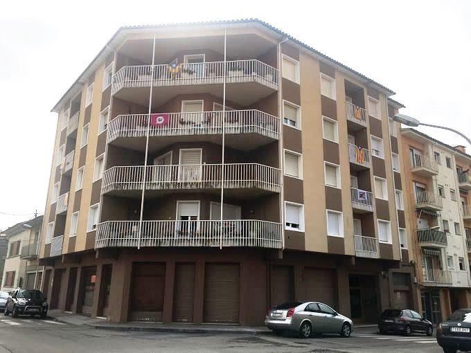 Piso en venta en Xalet del Robert, Torelló, Barcelona, Calle Voltrega, 99.000 €, 4 habitaciones, 2 baños, 113 m2