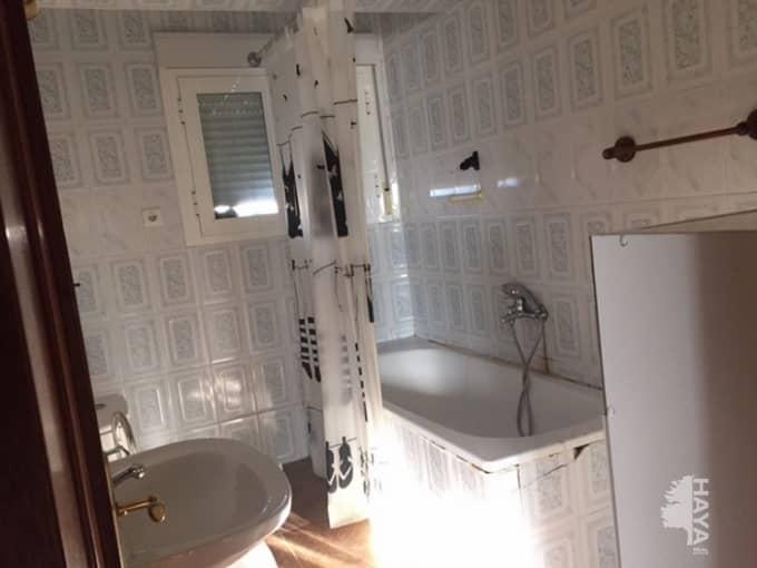 Piso en venta en San Andrés, Mérida, Badajoz, Calle Valverde de Merida, 31.000 €, 3 habitaciones, 1 baño, 64 m2