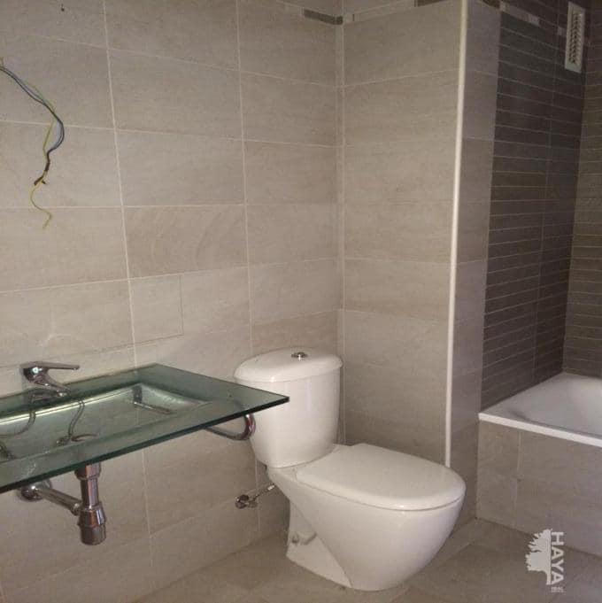 Piso en venta en Terrassa, Barcelona, Calle Arenys de Mar, 166.970 €, 3 habitaciones, 4 baños, 87 m2