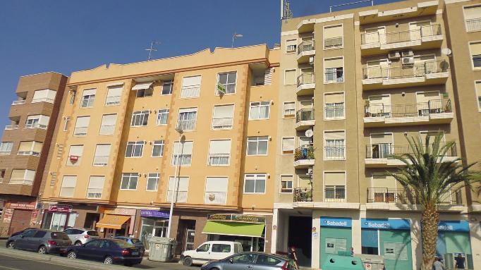 Piso en venta en Elche/elx, Alicante, Avenida Illice, 87.500 €, 3 habitaciones, 2 baños, 105 m2
