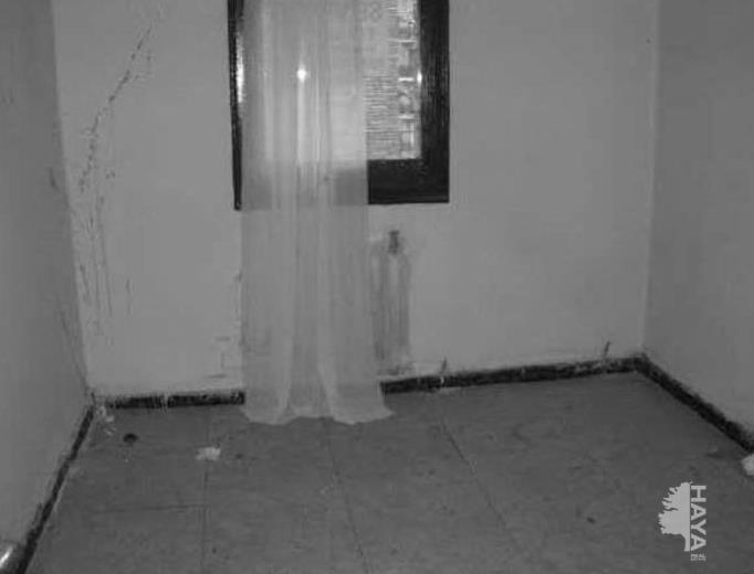 Piso en venta en La Mariola, Lleida, Lleida, Calle Jupiter, 16.200 €, 2 habitaciones, 1 baño, 46 m2