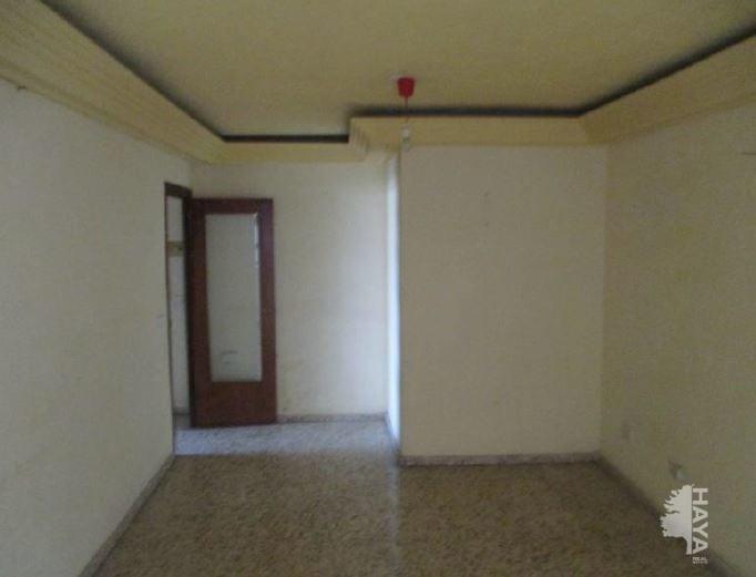 Piso en venta en Molina de Segura, Murcia, Calle Triunfo, 63.100 €, 3 habitaciones, 1 baño, 102 m2