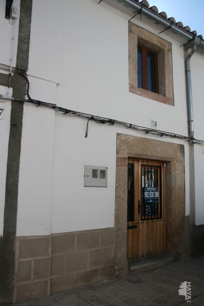 Casa en venta en Valencia de Alcántara, Valencia de Alcántara, Cáceres, Calle Luis Rivera, 69.000 €, 2 habitaciones, 2 baños, 141 m2