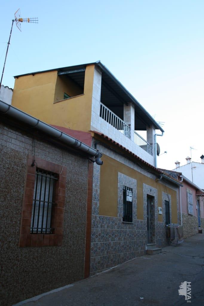 Casa en venta en Cáceres, Cáceres, Calle Tortola, 69.618 €, 3 habitaciones, 1 baño, 75 m2