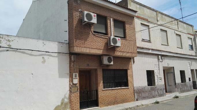 Casa en venta en Riba-roja de Túria, Valencia, Calle Virgen del Olivar, 107.000 €, 5 habitaciones, 2 baños, 124 m2