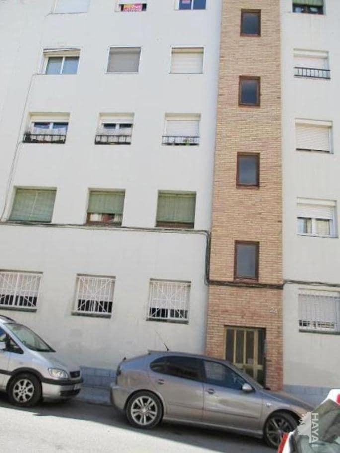 Piso en venta en Santa Margarida de Montbui, Barcelona, Calle Sant Bartomeu, 58.992 €, 3 habitaciones, 1 baño, 70 m2