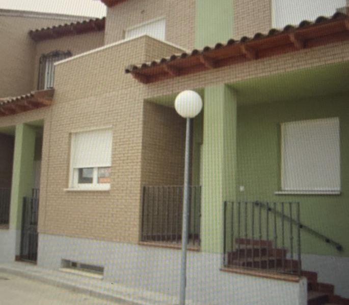 Piso en venta en Huerta de Valdecarábanos, Huerta de Valdecarábanos, Toledo, Calle Jacinto Guerrero, 131.000 €, 3 habitaciones, 2 baños, 147 m2