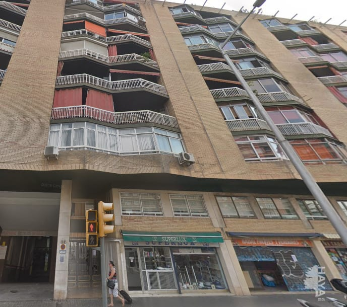 Piso en venta en Barcelona, Barcelona, Calle Badal, 310.000 €, 4 habitaciones, 1 baño, 110 m2