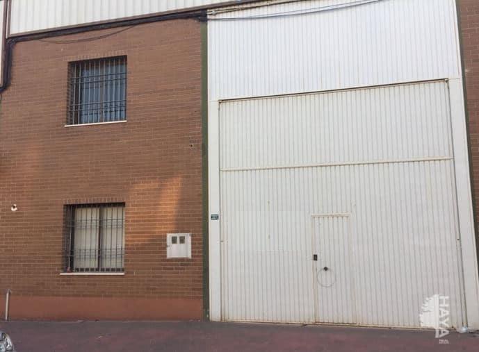 Industrial en venta en Córdoba, Córdoba, Calle Gabriel Ramos Bejarano, 105.193 €, 201 m2