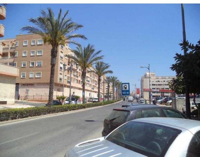 Piso en venta en Roquetas de Mar, Almería, Calle Sabinal, 94.400 €, 2 habitaciones, 1 baño, 67 m2