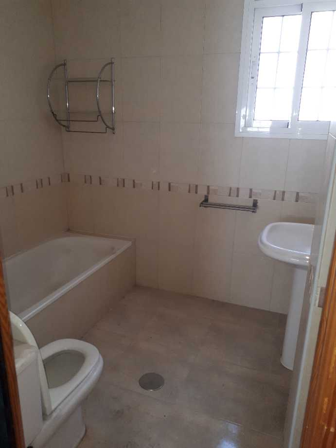 Piso en venta en Villa Blanca, Almería, Almería, Calle Sierra Almagrera, 92.000 €, 3 habitaciones, 1 baño, 85 m2