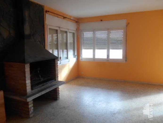 Casa en venta en Santa Maria de Palautordera, Santa Maria de Palautordera, Barcelona, Calle Camèlies, 271.000 €, 7 habitaciones, 2 baños, 208 m2
