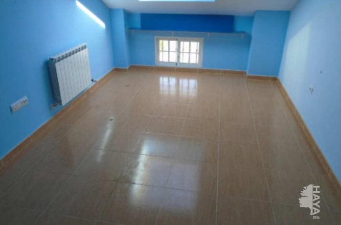 Piso en venta en Alovera, Guadalajara, Calle Soledad, 131.400 €, 2 habitaciones, 2 baños, 131 m2