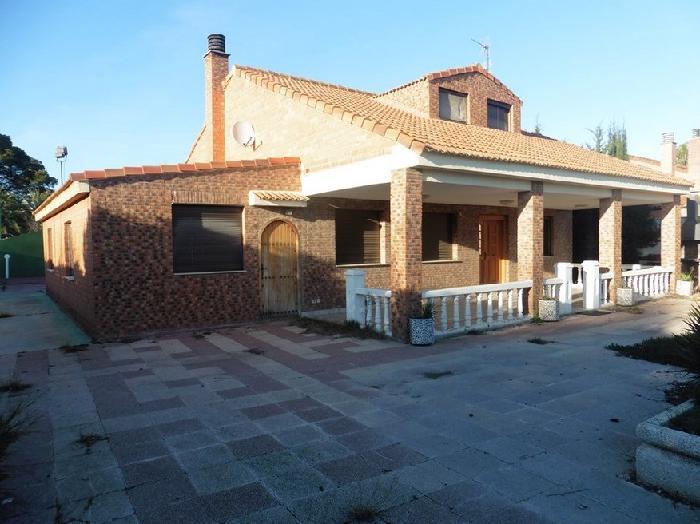 Casa en venta en Zaragoza, Zaragoza, Calle Finca la Macarena, 339.877 €, 4 habitaciones, 2 baños, 237 m2