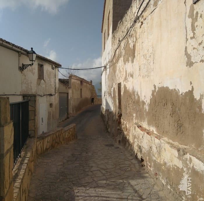 Casa en venta en Castalla, Alicante, Calle Tras San Antonio, 24.020 €, 5 habitaciones, 2 baños, 80 m2