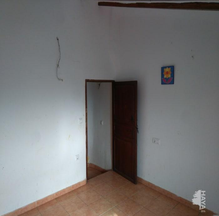 Piso en venta en Piso en Castalla, Alicante, 44.050 €, 5 habitaciones, 2 baños, 80 m2