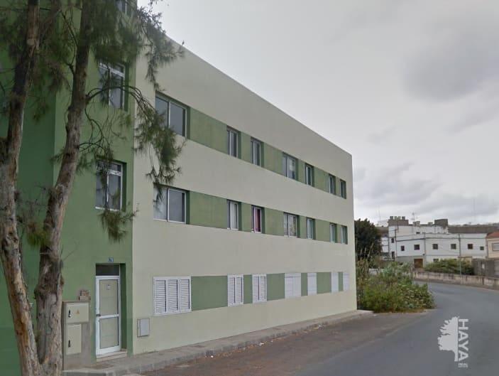 Piso en venta en Cardones, Arucas, Las Palmas, Carretera El Valle, 95.000 €, 3 habitaciones, 1 baño, 89 m2