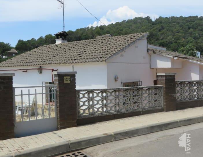 Casa en venta en Sant Cebrià de Vallalta, Sant Cebrià de Vallalta, Barcelona, Calle Morera, 166.700 €, 3 habitaciones, 1 baño, 167 m2