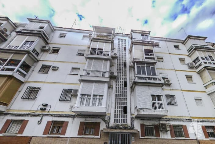 Piso en venta en Distrito Macarena, Sevilla, Sevilla, Avenida de Pinomontano, 64.438 €, 3 habitaciones, 3 baños, 50 m2