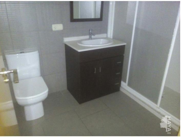 Piso en venta en Cal Rota, Berga, Barcelona, Calle Gran Via, 88.000 €, 1 habitación, 1 baño, 81 m2