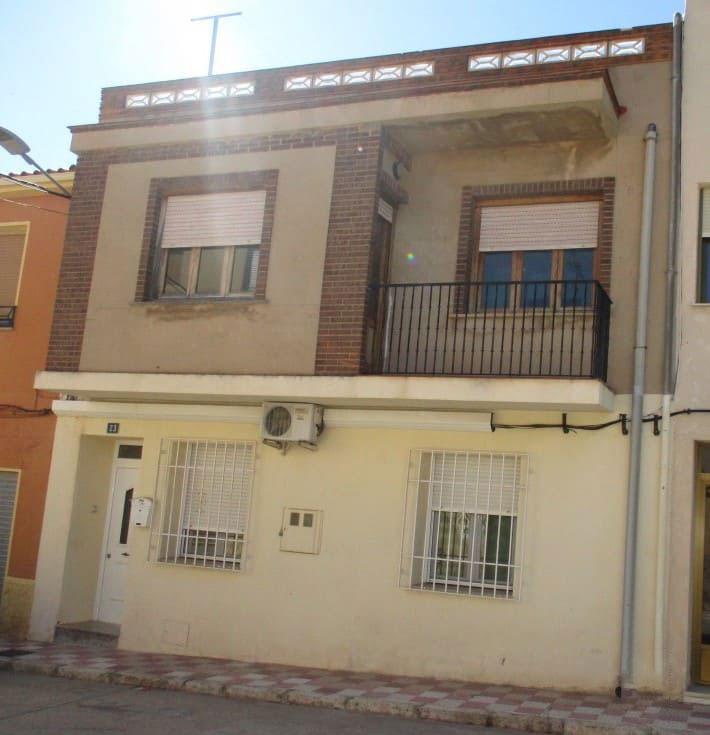 Piso en venta en Almansa, Albacete, Calle Vitorero, 51.100 €, 3 habitaciones, 1 baño, 103 m2