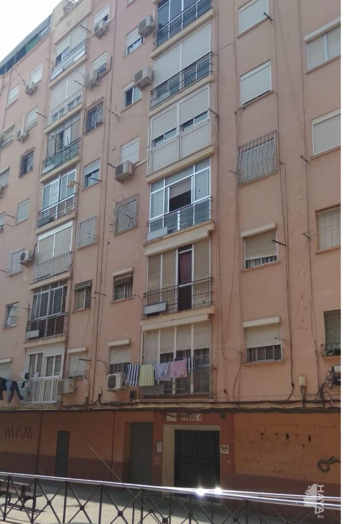 Piso en venta en Los Ángeles, Almería, Almería, Calle Tarrasa, 72.870 €, 3 habitaciones, 1 baño, 85 m2