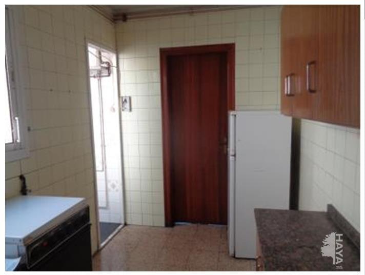 Piso en venta en Lleida, Lleida, Calle Sant Joan de Mata, 74.900 €, 2 baños, 90 m2