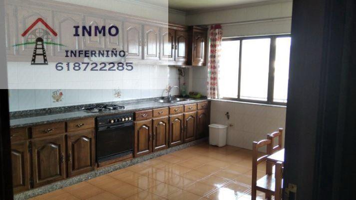 Piso en alquiler en Pena Da Rebolta, As Pontes de García Rodríguez, A Coruña, Calle Concepcion Arenal, 350 €, 3 habitaciones, 2 baños, 80 m2