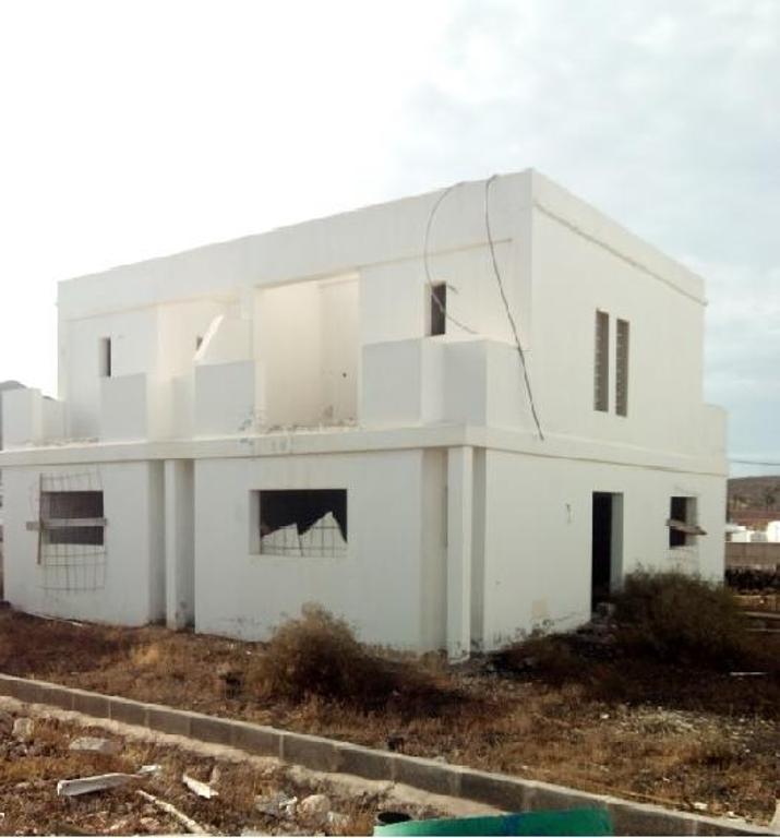 Casa en venta en Yaiza, Las Palmas, Calle Cango, 96.000 €, 3 habitaciones, 2 baños, 113 m2