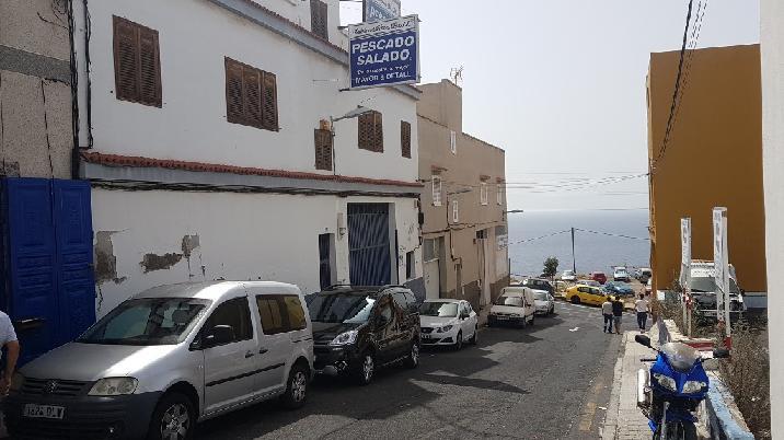 Casa en venta en Santa Cruz de Tenerife, Santa Cruz de Tenerife, Calle Pegaso, 269.901 €, 2 baños, 497 m2