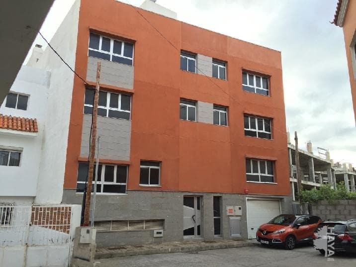 Piso en venta en Arucas, Las Palmas, Calle Pasaje Marianela, 646.000 €, 3 habitaciones, 2 baños, 601 m2