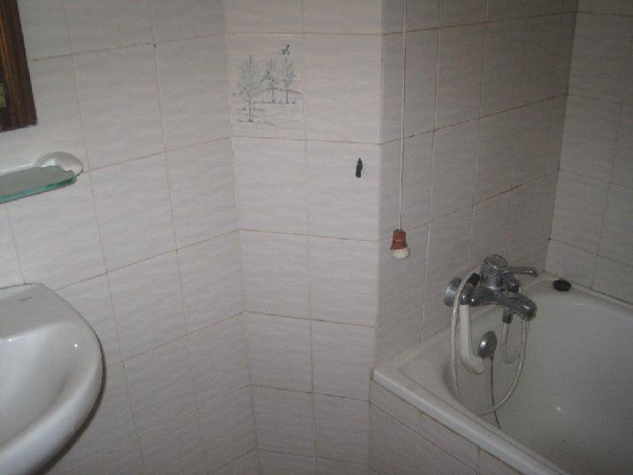 Piso en venta en Grupo la Magdalena, Castellón de la Plana/castelló de la Plana, Castellón, Calle Cati, 21.675 €, 3 habitaciones, 1 baño, 49 m2