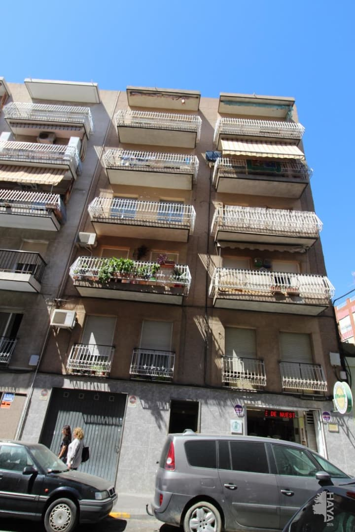 Piso en venta en Sant Crispí, Elche/elx, Alicante, Calle Hermanos Navarro Caracena, 29.900 €, 3 habitaciones, 1 baño, 80 m2